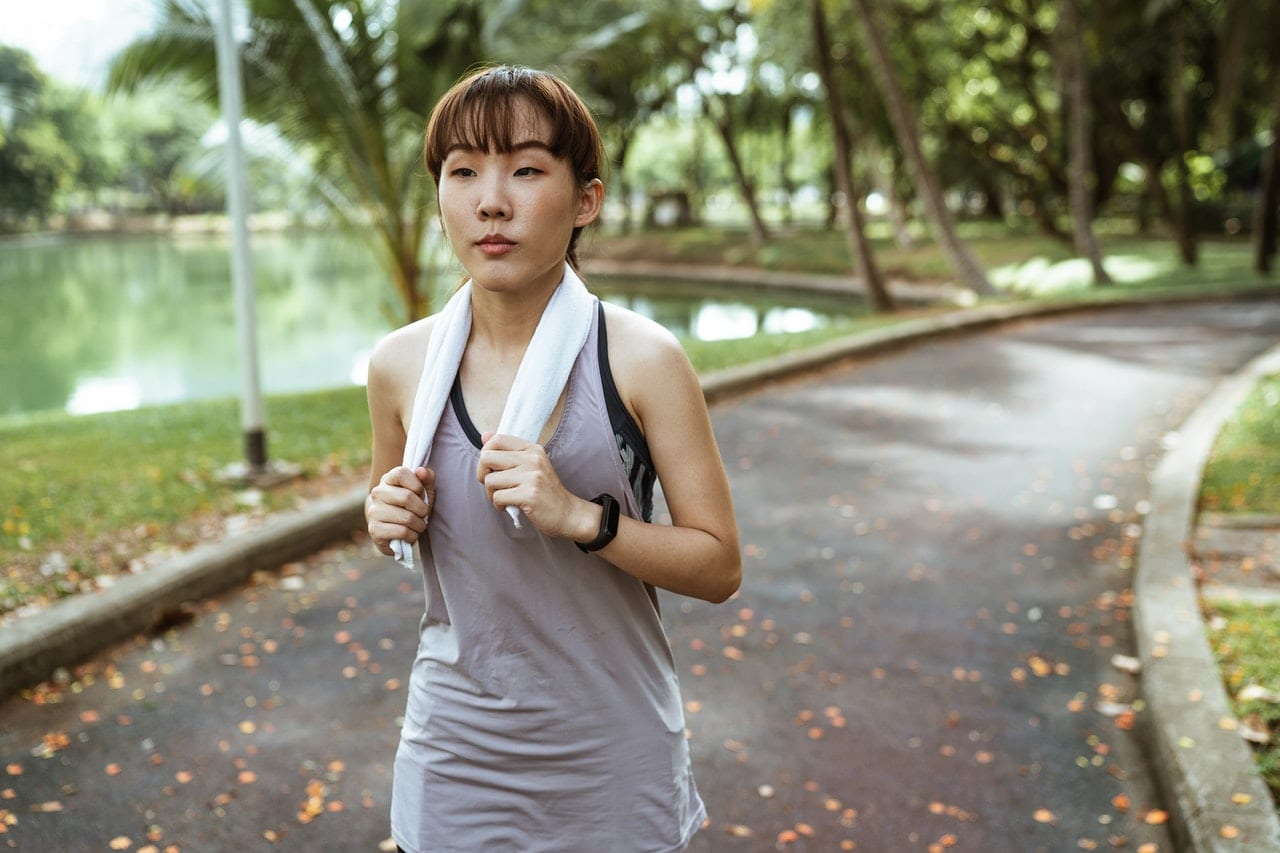 It's crucial to change clothes and shower after working out if you have body acne.