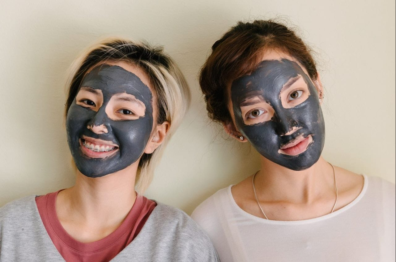 Face masks can help revitalize your skin after blackheads.