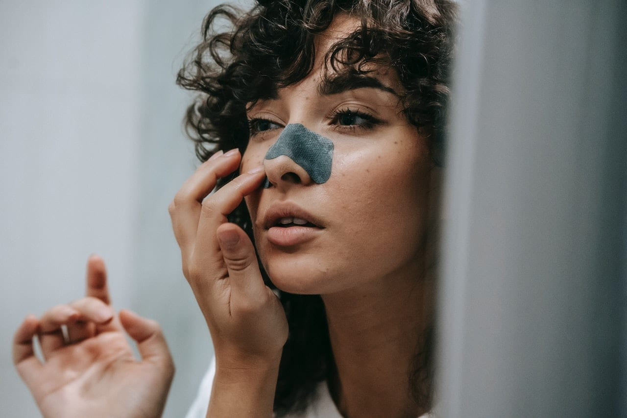 Discover how to prevent blackheads.
