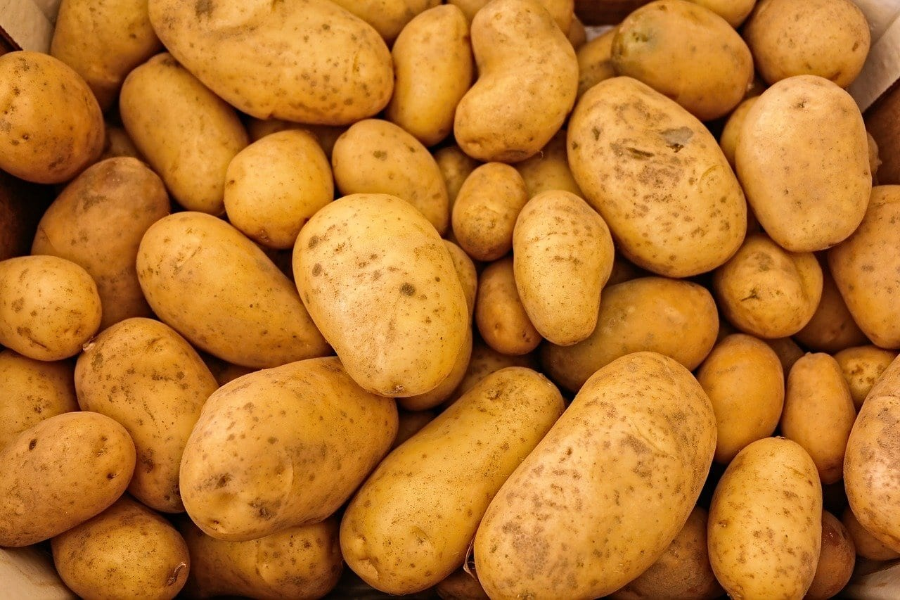 Potato juice is a great natural remedy for acne.